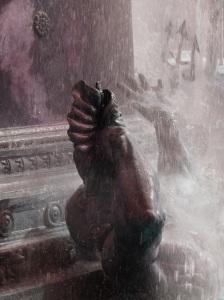 brklyn fountain triton water